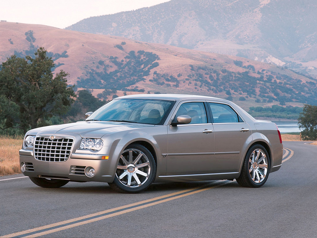 http://www.voiturefr.fr/chrysler-occasion/photos/photo-chrysler-300c.jpg