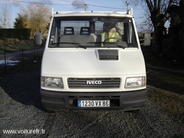 IVECO Daily occasion Blanche - 17759