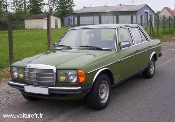 MERCEDES 200 D occasion Vert - 17394
