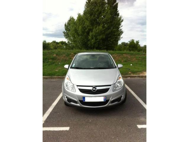 Opel Corsa Berline Diesel  de Particulier, acheter voiture occasion �  Paris
