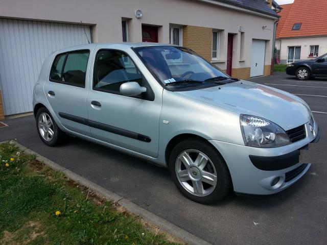 Renault 4cv Berline Diesel  de Particulier, acheter voiture occasion �  C�te d�Or