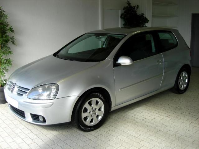 Volkswagen Golf Berline Diesel  de Particulier, acheter voiture occasion �