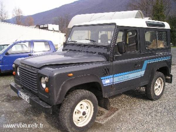 LAND ROVER Defender occasion Bleu - 9041
