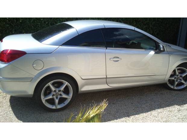 Opel Astra occasion Gris clair - 37420